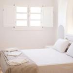 folegandros-paraporti-hotel-summer-greece-family-santorini