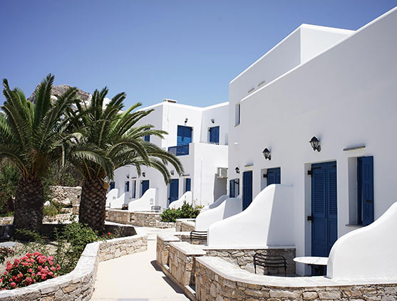 folegandros-apartment-paraporti-hotel-summer-greece-family-santorini